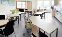 Kinnarps Educa 2012 –messuilla. -Tiimitaitoja hiotaan osallistavassa luokkatilassa.