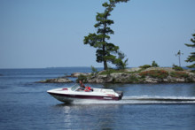 Åtta av tio svenskar gillar sjöfyllerilagen