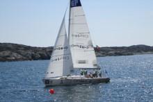 Världseliten hissar segel för Childhood