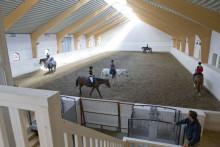 Nytt stall och ridhus på Ågesta gård