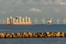 Fundament till vindkraftpark Kårehamn passerade Öresund