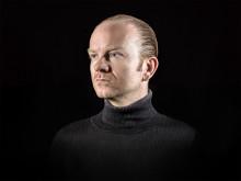 Atom TM till Plattenspieler på Art's Birthday