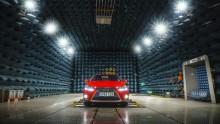 Tio innovationer som kom först i en Lexus