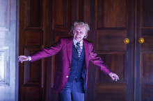 Johan Ulveson tar plats på scen i Molières Tartuffe