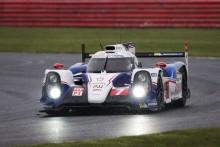 Stora förväntningar på Toyotas hybridracer efter dubbelseger