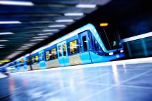 Livgardet tar tunnelbanan i full mundering