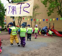 Pressinbjudan Barnsäkerhetens dag: Upp till 52 000 svenska barn riskerar allvarliga skador i onödan vid trafikolyckor, visar undersökning från Volvia som presenteras 7 maj i samband med Barnsäkerhetens Dag, ett initiativ av Volvia och NTF.