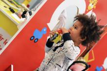 Byt förra årets julklappar mot nya på leksaksbytardag