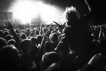 Skapa en organisation med arena för rockstjärnor