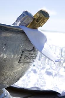 Stenungsbaden Yacht Club grattar alla 40- och 50-åringar