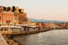 Maten och de små öarna lockar svenskarna till Grekland