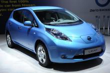 Hertz utvider bilflåten i Oslo med el-bilen Nissan Leaf