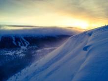 SkiStar Sälen: Stora mängder snö i Sälenfjällen – laviner sprängs bort
