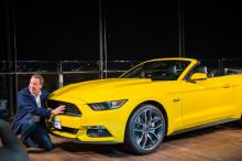 Ford viste muskler ved å plassere Mustang  på toppen av verdens høyeste bygning