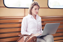 Småföretagare jobbar mer än 40 timmar i veckan