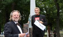 «Årets Ladejarl» går til Atle Vårvik grunnleggeren av MOT
