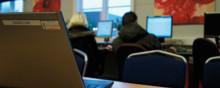 Bättre samverkan och tydligare gränsdragning behövs för fler ungdomar i arbete