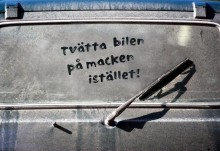 Biltvätt på våra gator kostar miljön 32 miljoner årligen – bara i Växjö kommun