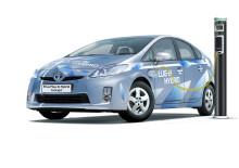 Svensk rivstart för Toyota Prius laddhybrid