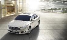 Ford kasvattaa uuden Mondeon moottorivalikoimaa: nyt saatavana jo14 bensiini-, diesel- ja hybridimallia