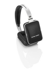 Harman Kardons första hörlurar någonsin finns nu tillgängliga via Apple Store