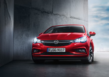 """SAFETYBEST 2015"": Opel IntelliLux LED ® strålkastarsystem prisat"