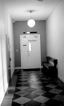 Självmorden stiger dramatiskt med psykiatrisk vård