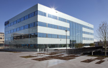 ASICS opens new European head office