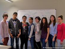 Schulaufsichtsbehörde und Berlitz starten Integrationsprojekt