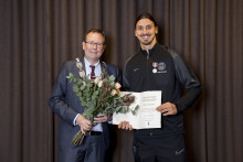 Zlatan tilldelas MALMÖ STADS HEDERSTECKEN