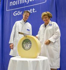 Norra Europas mest moderna ostförädlingsanläggning är invigd
