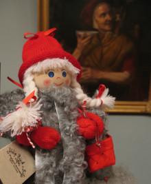 Traditionsrik och populär julmarknad i Sveriges äldsta museimiljö - Vänersborgs museum.