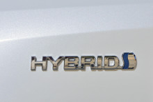 Toyota-hybrider har sparat 22 miljarder liter bensin