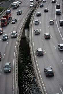 Åtta av tio förare tycker att alla bilar borde utrustas med alkolås