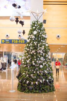 Årets trendigaste julgran står på Arlanda!