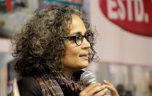 """Arundhati Roy: """"Gandhi ville bevara kastsystemet"""""""