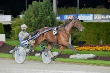 Malmqvist siktar på dubbla glädjetjut på Färjestad