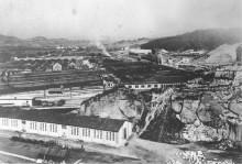 Växa upp på platsen för ett koncentrationsläger