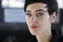 Dramatikern Anja Hilling i samtal om Svarta djuret sorg