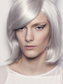 L'Oréal Paris Look of the Day - Designers Remix