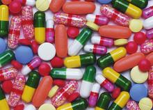 Dödsfall från receptbelagda mediciner överstiger nu dödsfall från illegala droger