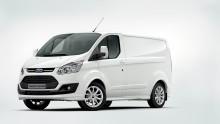 Fordilla suurin osuus keskisuurten pakettiautojen markkinoista yli kymmeneen vuoteen; uuden Transit Customin myynti hyvässä vauhdissa