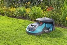 Ny robotgräsklippare med specialdesignat garage!
