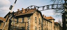 Nioendeklassare lär sig mer om Förintelsen – besöker historiska platser i Polen