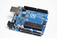 Skaparna bakom revolutionerande mikrokontrollerkortet Arduino till Tekniska museet