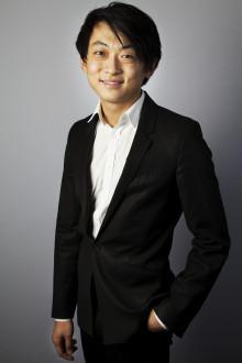 Vid flygeln i kväll: Solistvinnare David Huang!
