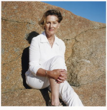 Mette Tronvoll: Portraits of Queen Sonja
