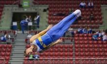 Trampolinare hoppar högt i Europeiska Spelen