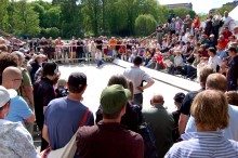 20 ton grus, värlsmästare och kändismatcher -på torsdag startar Mayo Boule Festival