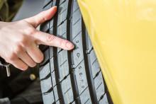 Sikker og komfortabel sommerkjøring: Dekkenes hastighetsmerking viktig på europeiske motorveier